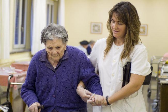 Situación de personas dependientes en Cataluña - Residencia Sol i ...